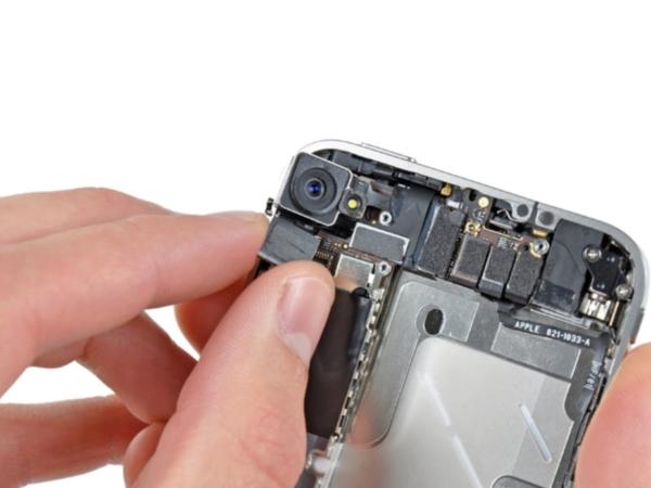 Как разобрать айфон 5, снять заднюю